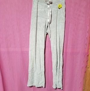 Women's lightweight activewear pants
